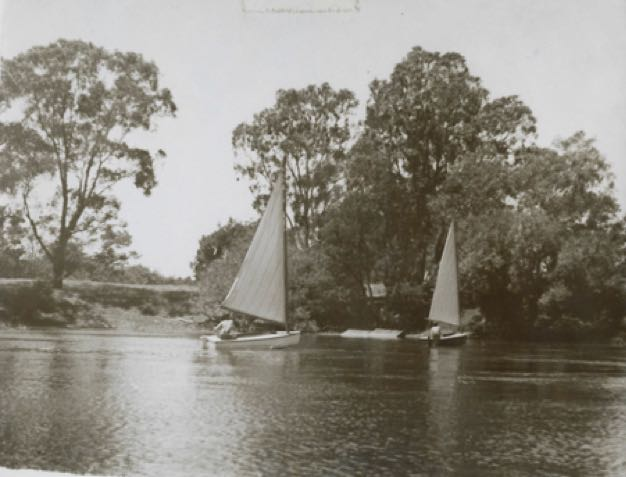 Sailing on the Yarra